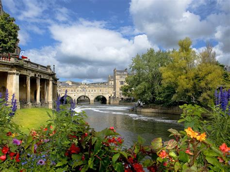 21 of the Best Places to Visit in England - TripsToDiscover