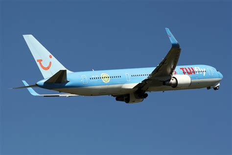 TTG - Travel industry news - Tui flight was diverted after