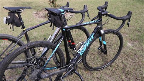 Difference Between a Cyclocross and Gravel Bike (in 4